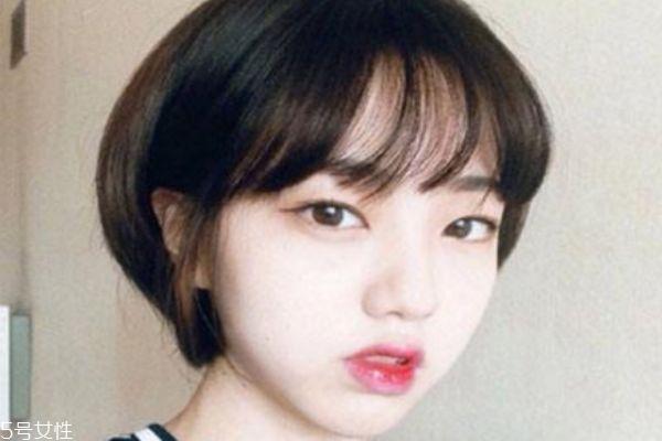 月牙脸适合什么发型 适合月牙脸的发型女
