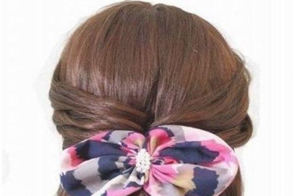女生发型简单漂亮扎法 懒人扎出简单漂亮头发