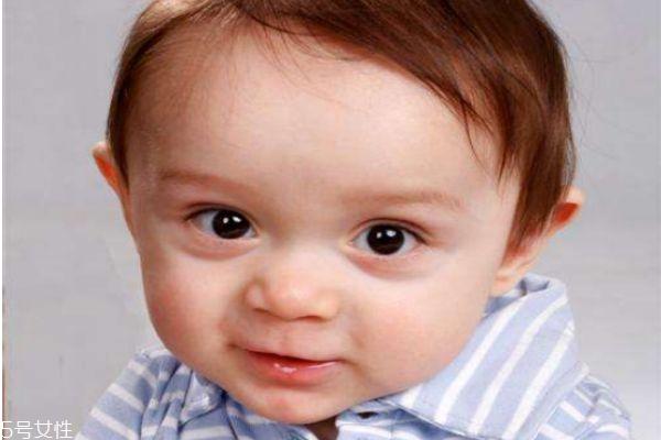 小孩流口水吃猪尾巴管用吗 宝宝流口水的控制