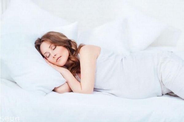 孕妇睡觉流口水是怎么回事 孕妇睡觉流口水原因