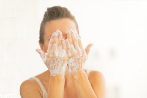 肉豆蔻酸对皮肤有害吗 肉豆蔻酸对皮肤的作用