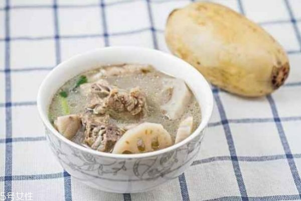 排骨汤怎么炖好喝 炖排骨汤的小技巧