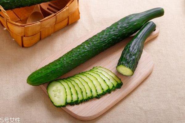 减肥可以光吃黄瓜吗图片