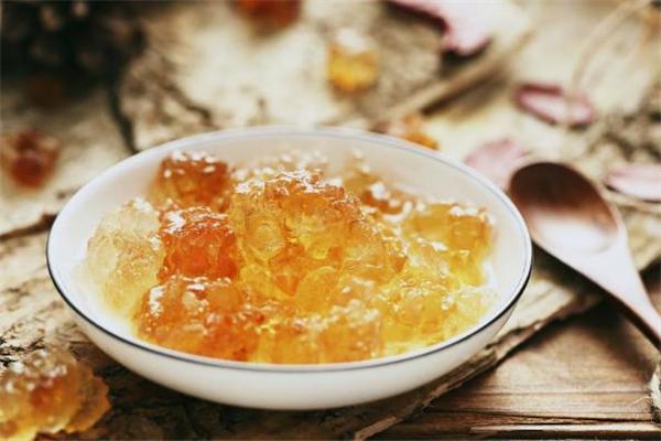 桃胶一次泡多少颗 桃胶一次吃多少合适