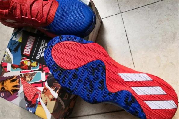 阿迪达斯米切尔一代开箱测评 米切尔蜘蛛侠配色实物
