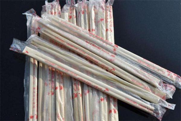 一次性筷子属于什么垃圾 一次性筷子是可回收垃圾吗
