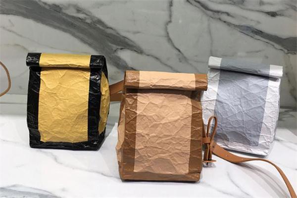 小ck牛皮纸袋包什么材质 小ck牛皮纸袋包内衬是锡纸吗