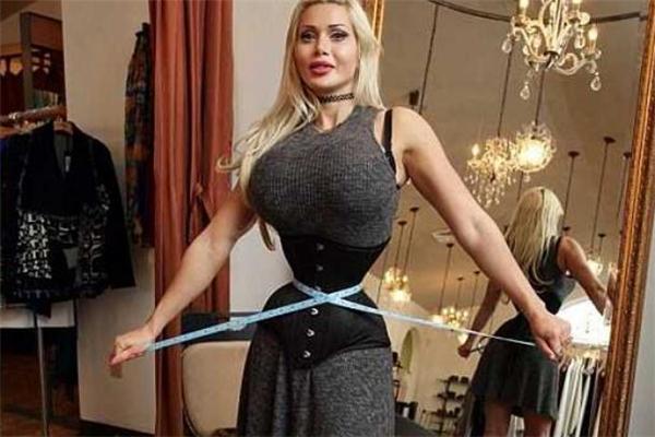 束腰带会不会压到子宫 束腰带对子宫有影响吗
