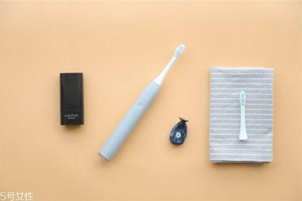 电动牙刷能刷掉牙结石吗 清除牙结石的方法