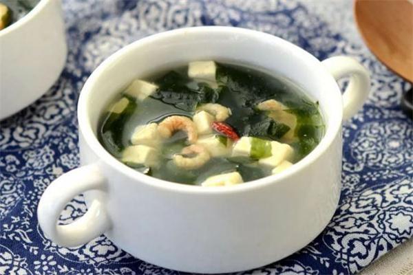 裙带菜豆腐汤的做法 裙带菜豆腐汤怎么做好吃