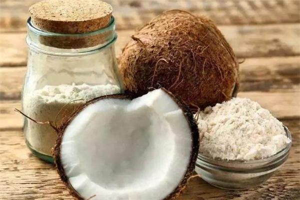 椰子粉可以天天喝吗 天天喝椰子粉好吗