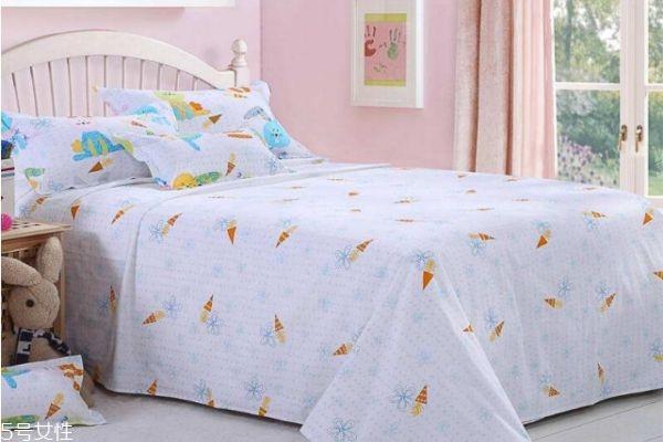 为什么床上的螨虫对人危害最大 怎么防治床上螨虫的危害