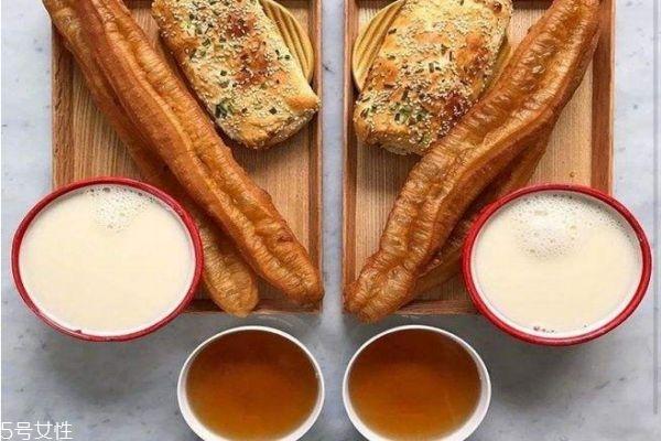 最简单的早餐做法 好吃营养的早餐做法