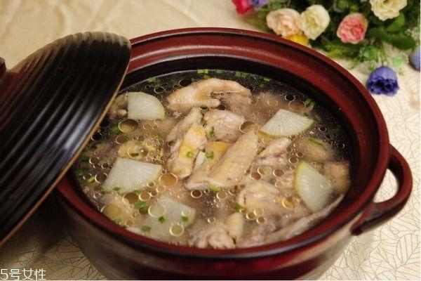 孕妇吃什么鸡最有营养 适合孕妇喝的鸡汤炖法