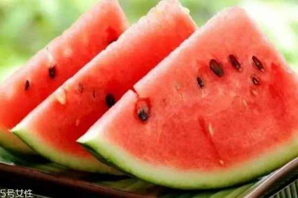 一次吃多少西瓜合适 西瓜吃多少算适量