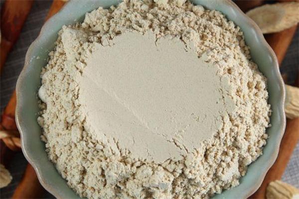 来月经可以吃黄芪粉吗 经期能喝黄芪粉吗