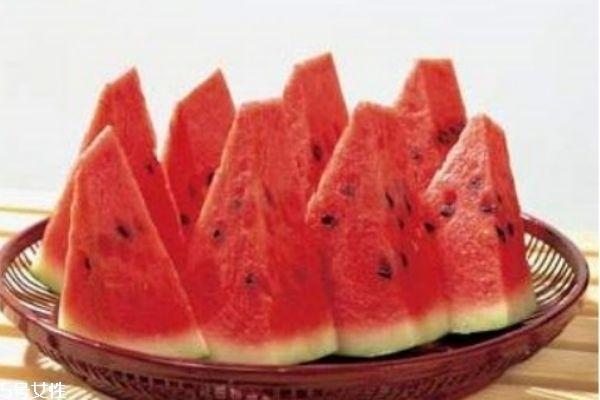 冰冻西瓜会不会让人拉肚子 冰冻西瓜能不能多吃