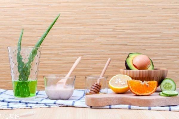 芦荟胶用了要洗脸吗 芦荟胶的正确用法