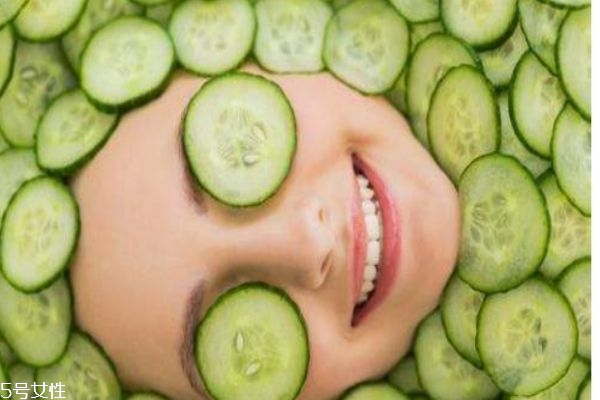 黄瓜敷脸的功效 黄瓜的成分