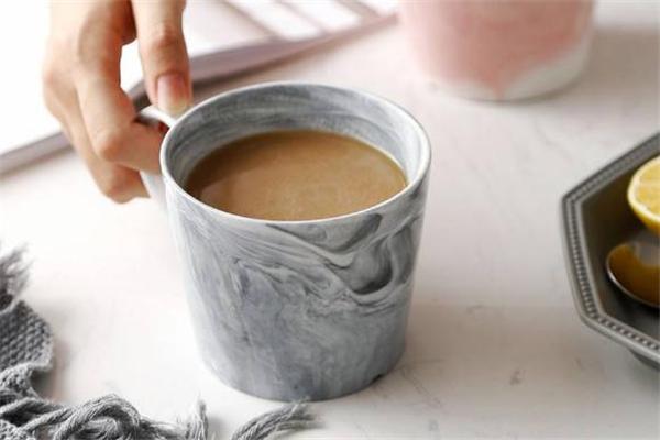 备孕期能喝奶茶吗 备孕期间喝奶茶有影响吗