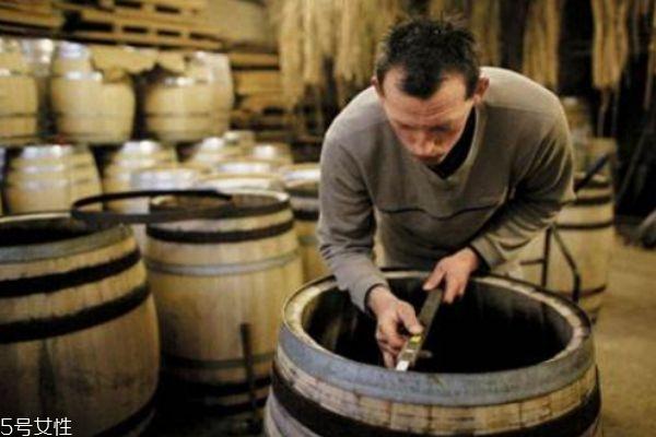 葡萄酒的好处是什么呢 如何制葡萄酒