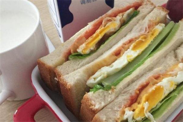 三明治热量高吗 三明治热量是多少