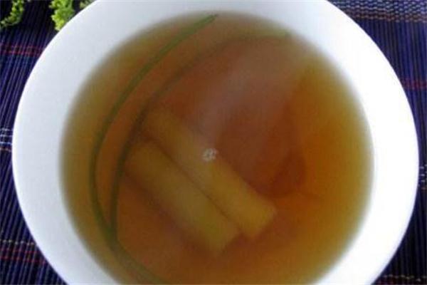 葱白水是用大葱还是小葱 煮葱白水用什么葱