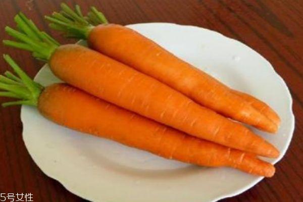 胡萝卜有什么功效 什么人群不适合吃胡萝卜