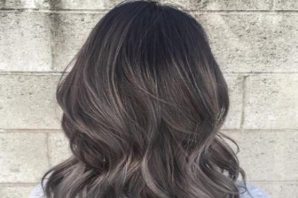 染过的头发怎么变黑 染过头发变黑的方法