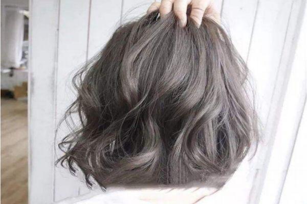 青木亚麻灰多久会褪色 青木亚麻灰发型推荐