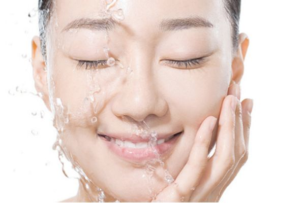 夏季怎么用护肤品顺序 夏季正确护肤顺序