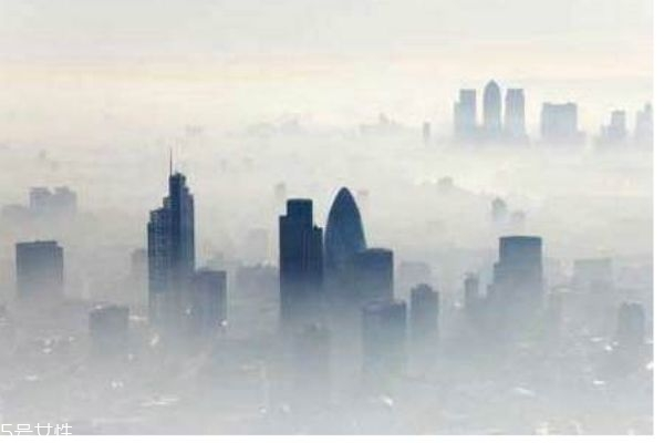 雾霾有什么危害呢 雾霾是怎么造成的呢