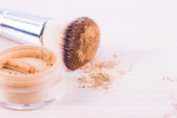 粉底液可以用散粉刷吗 散粉刷与粉底刷有什么区别