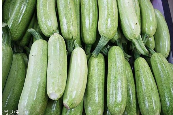 角瓜可以怎么做呢 角瓜的成熟期在几月份呢