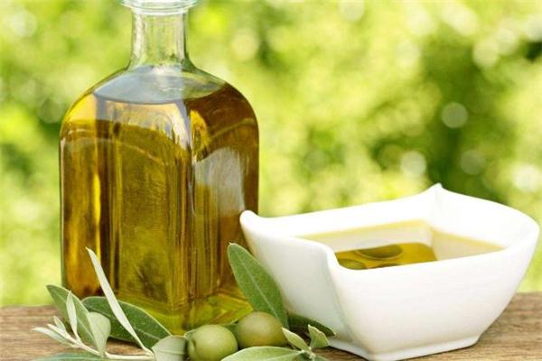 橄榄油快过期了能吃吗 橄榄油快过期了可以炒菜吗