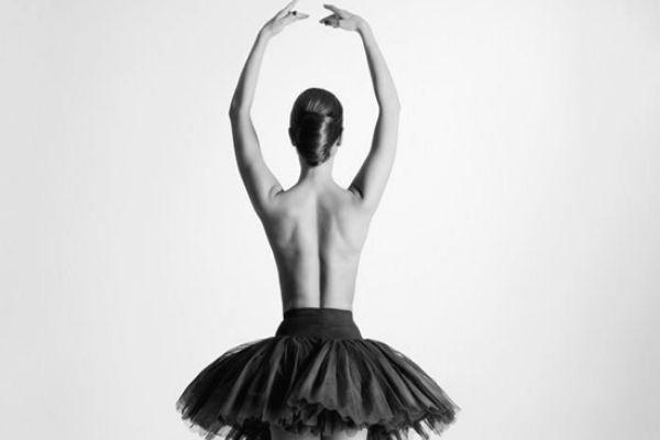 芭蕾天鹅臂怎么做 美丽芭蕾天鹅臂步骤