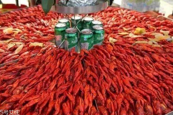 龙虾节通常在什么时候呢 龙虾节一般在什么地方举行呢