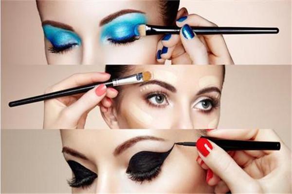化妆品过期多久不能用 以产品上标明的日期为准