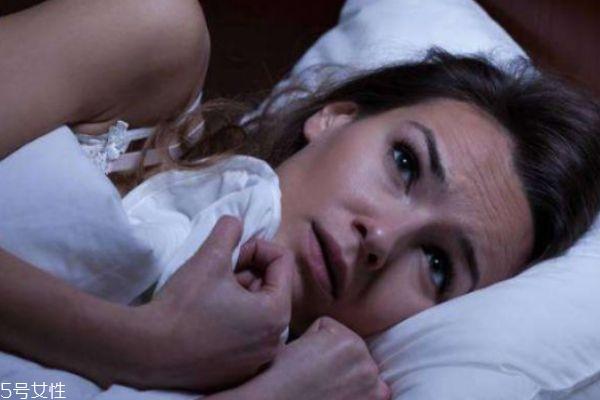 裸睡有什么好处吗 女性裸睡有什么好处呢