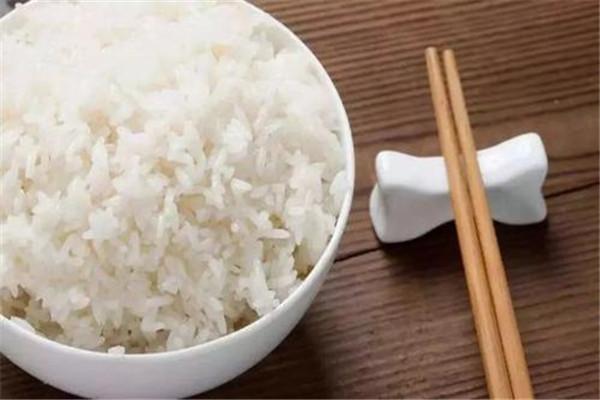 米饭热量高还是面食热量高 不能不吃米饭
