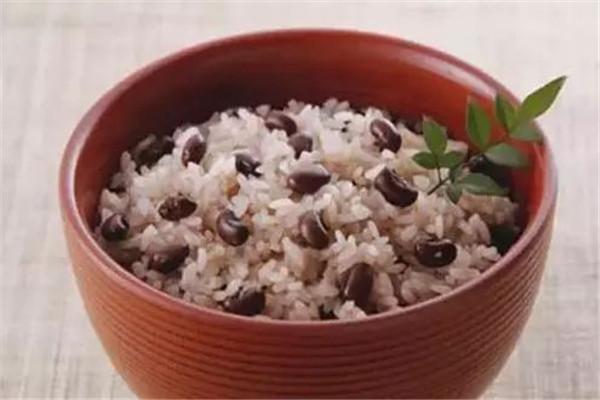米饭是不是粗粮 米饭是精粮还是粗粮