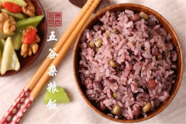 米饭能冷冻吗 米饭最好是不要放冰箱太长时间
