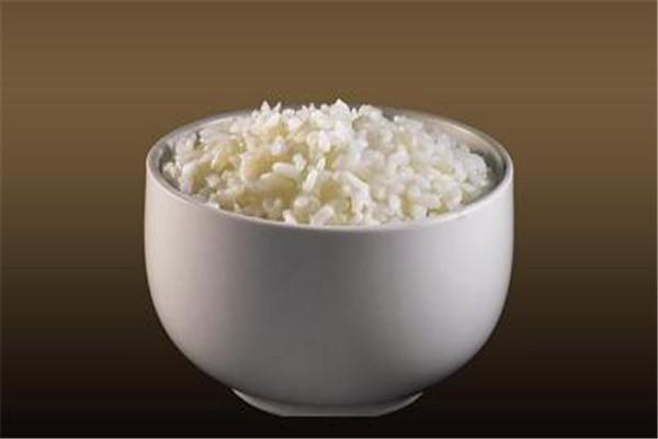 米饭有蛋白质吗 米饭里面含少量的蛋白质