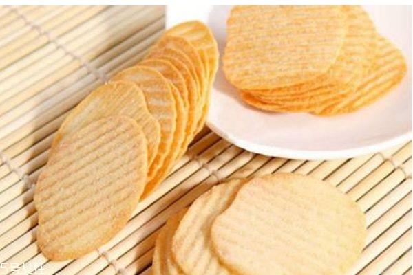 如何自制薯片呢 薯片的成分有什么呢