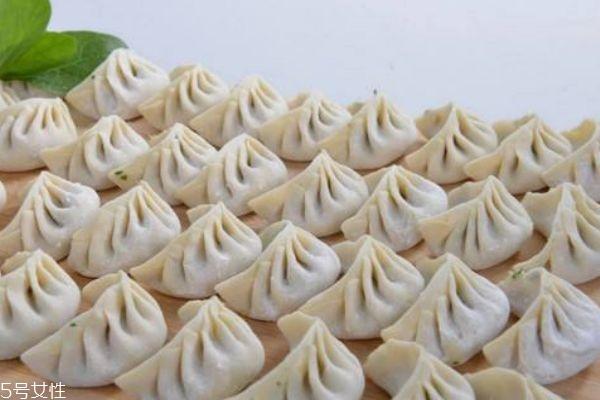 怎么包水饺呢 水饺应该怎么煮呢