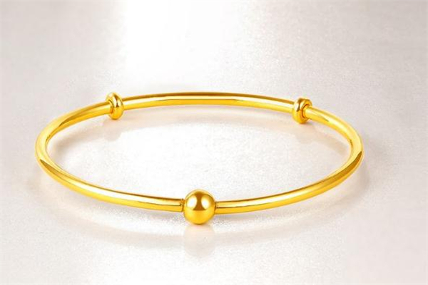 黄金手镯可以和银手镯一起带吗 黄金手镯佩戴禁忌