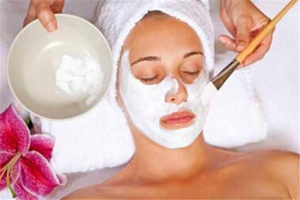 【美资】每天敷面膜有什么坏处 每天敷面膜会伤害皮肤屏障