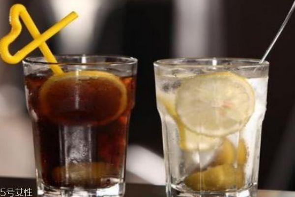 孕妇可以喝碳酸饮料吗 喝碳酸饮料要注意什么呢
