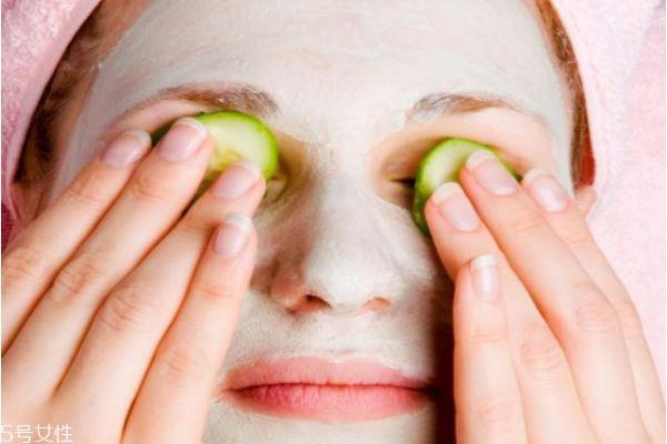 【美资】黄瓜和蜂蜜能做面膜吗 黄瓜美容护肤的方法