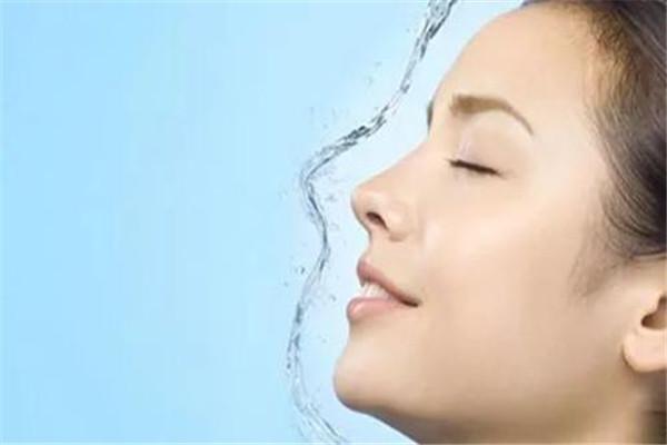 隆鼻的后遗症是什么 隆鼻有哪些后遗症